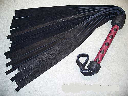 Black Buffalo Flogger, Dark Red & Black diamond braid handle